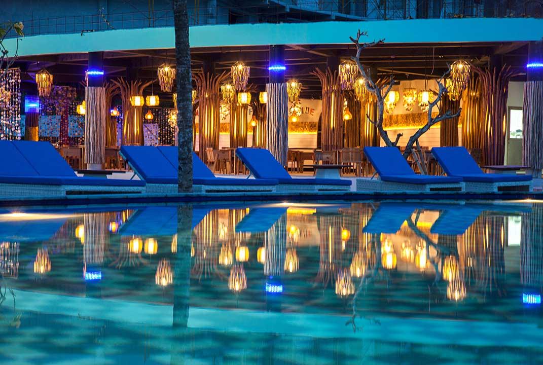 mahagiri-resort-nusa-lembongan-beach-club-5