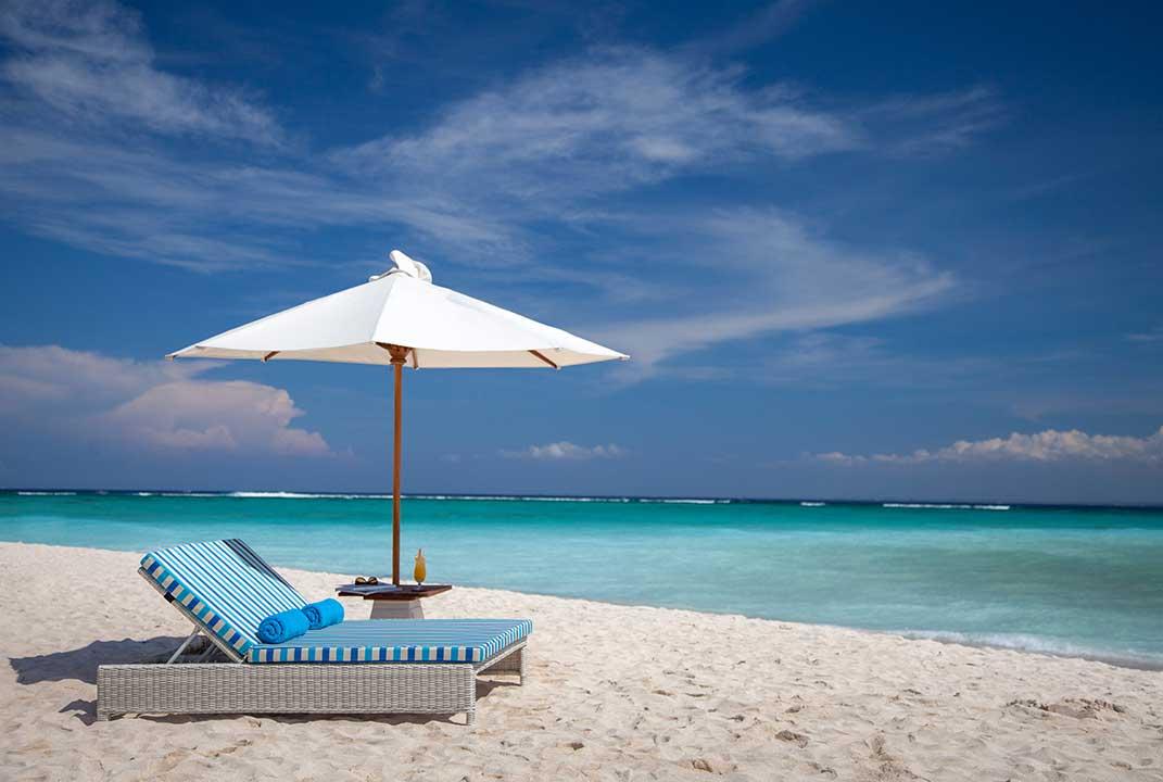mahagiri-resort-nusa-lembongan-mahagiri-beach2