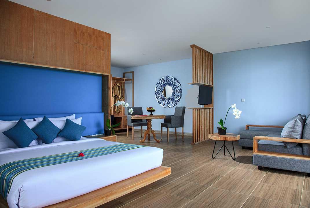 mahagiri-resort-nusa-lembongan-suit-beach-front-with-panoramic-2